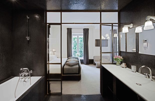3.Junior-Superior-Suite-Poems-and-Hats-Hotel-Particulier-Montmartre-credit-photo-Jefferson-Lellouche