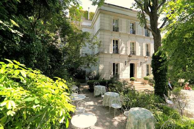 Facade-Hôtel-Particulier-Montmartre-Exterieure