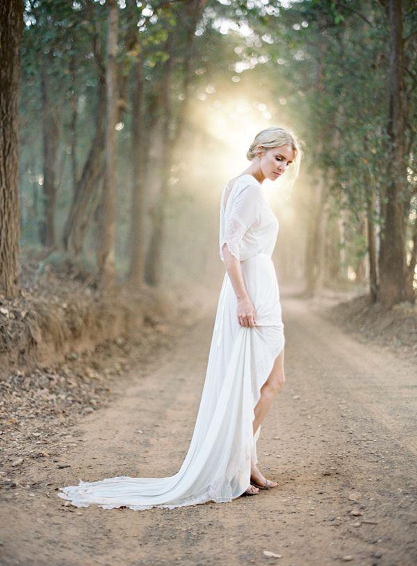 Chris-Riley-Bridal-Boho-Wedding-Dress-Shot-Be-Jose-Villa