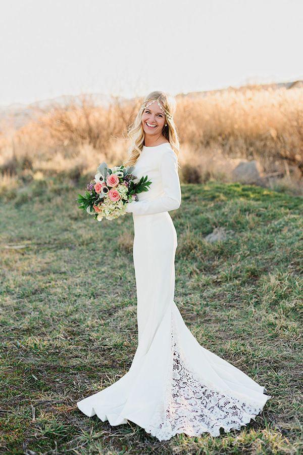 long-sleeve-wedding-dresses-07.jpg