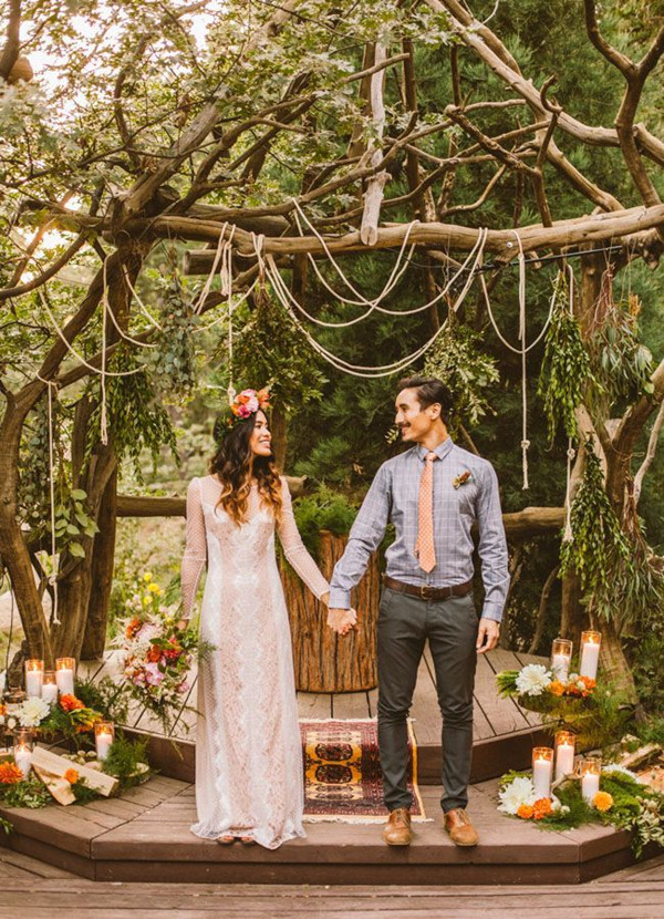 simple-pretty-boho-wedding-ceremony-ideas.jpg