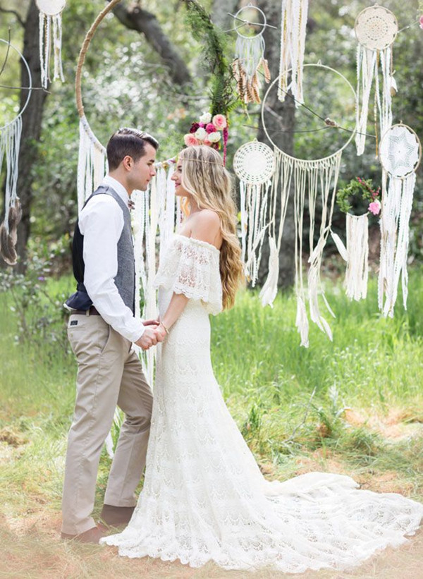 unique-bohemian-wedding-arches.jpg