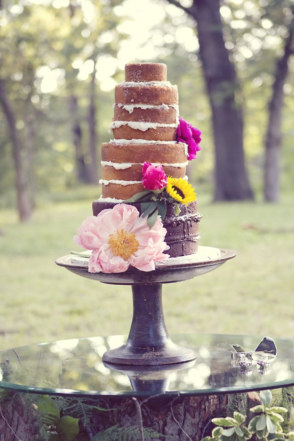 naked-wedding-cake-6-082813.jpg